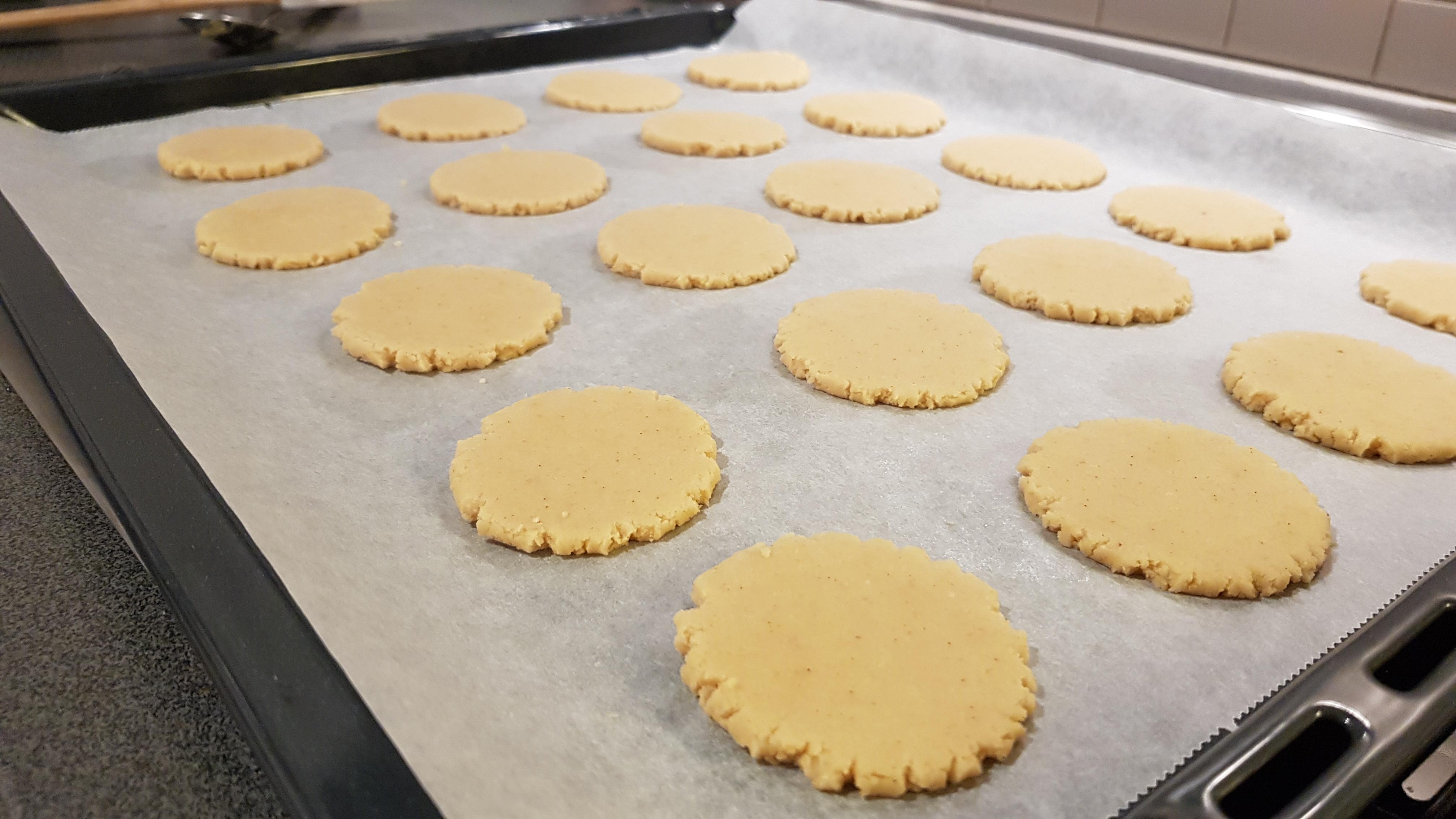 Lavkarbo Twix cookies verdens beste kjeks med sjokolade og karamell