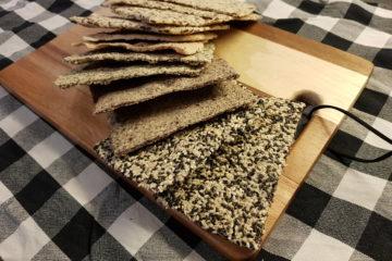 Frøknekkebrød i ovn eller mikro! (lavkarbo, glutenfri)